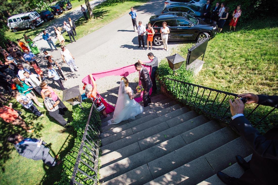 Paar auf der Treppe