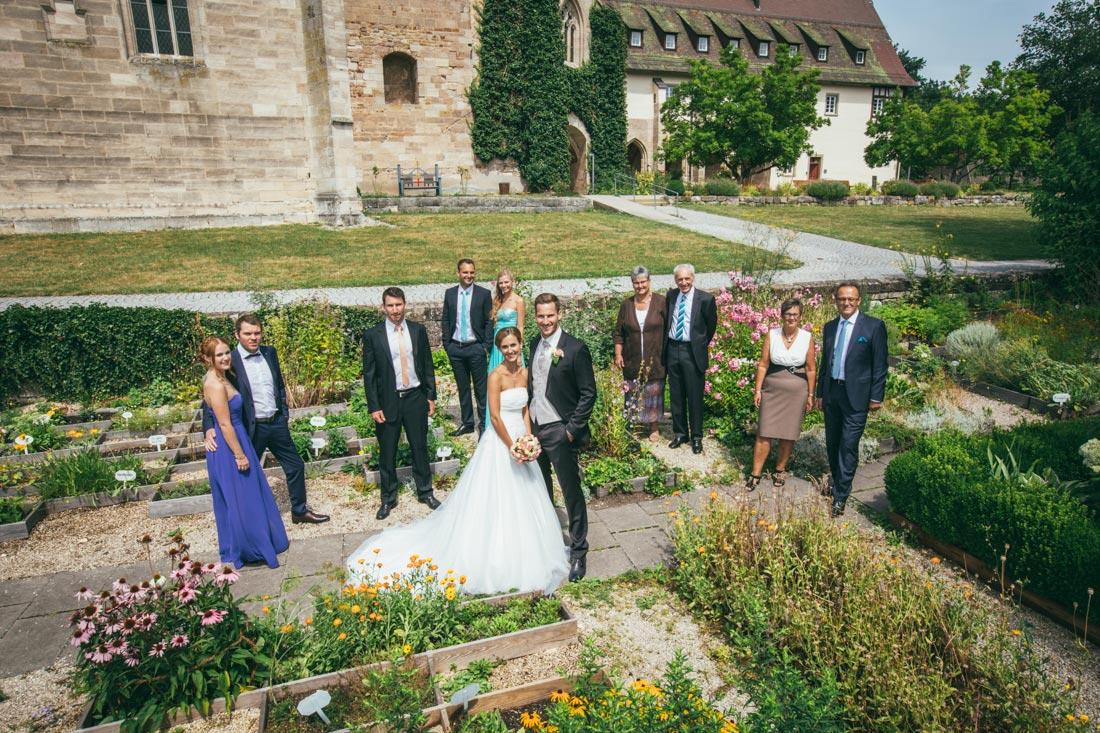hochzeitsfotografie gruppenbild Kloster lorch