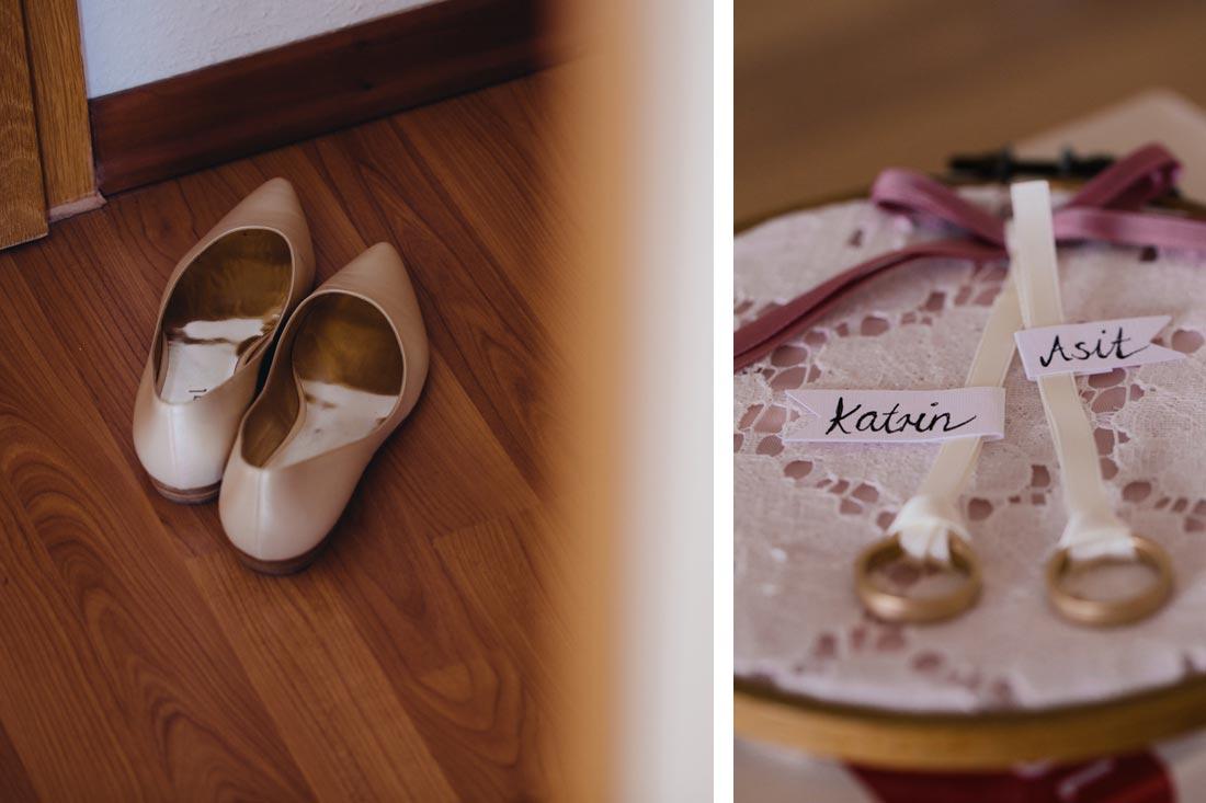 Schuhe auf dem Boden