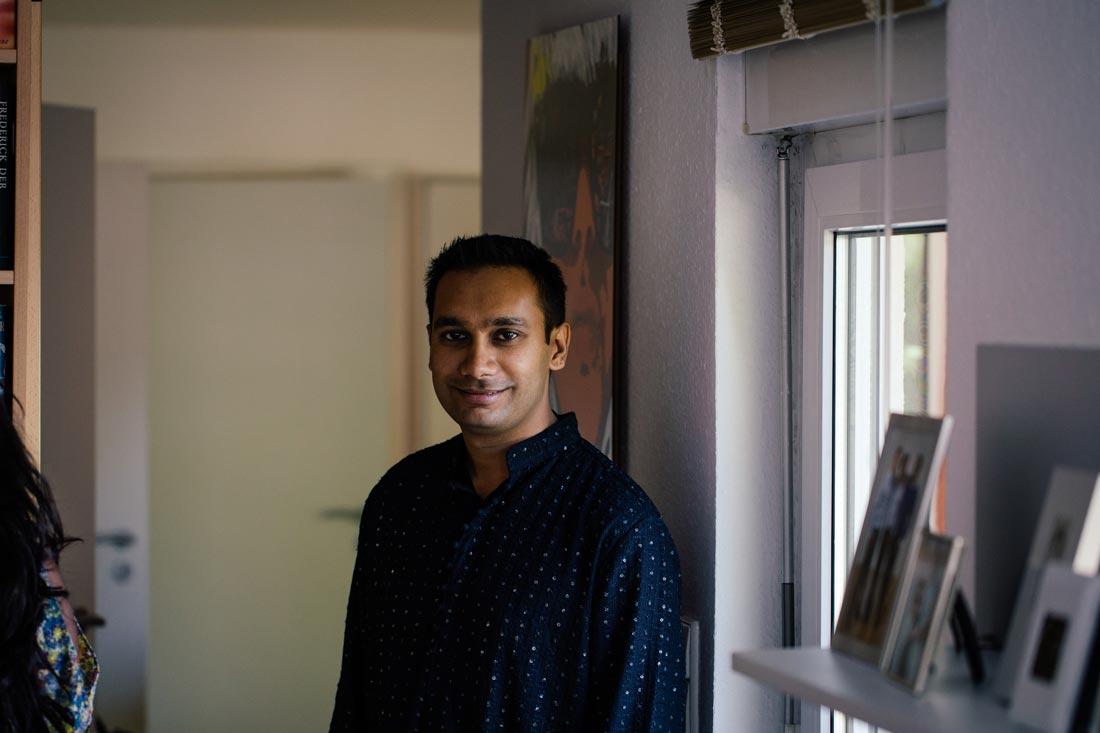 Portrait in der Wohnung