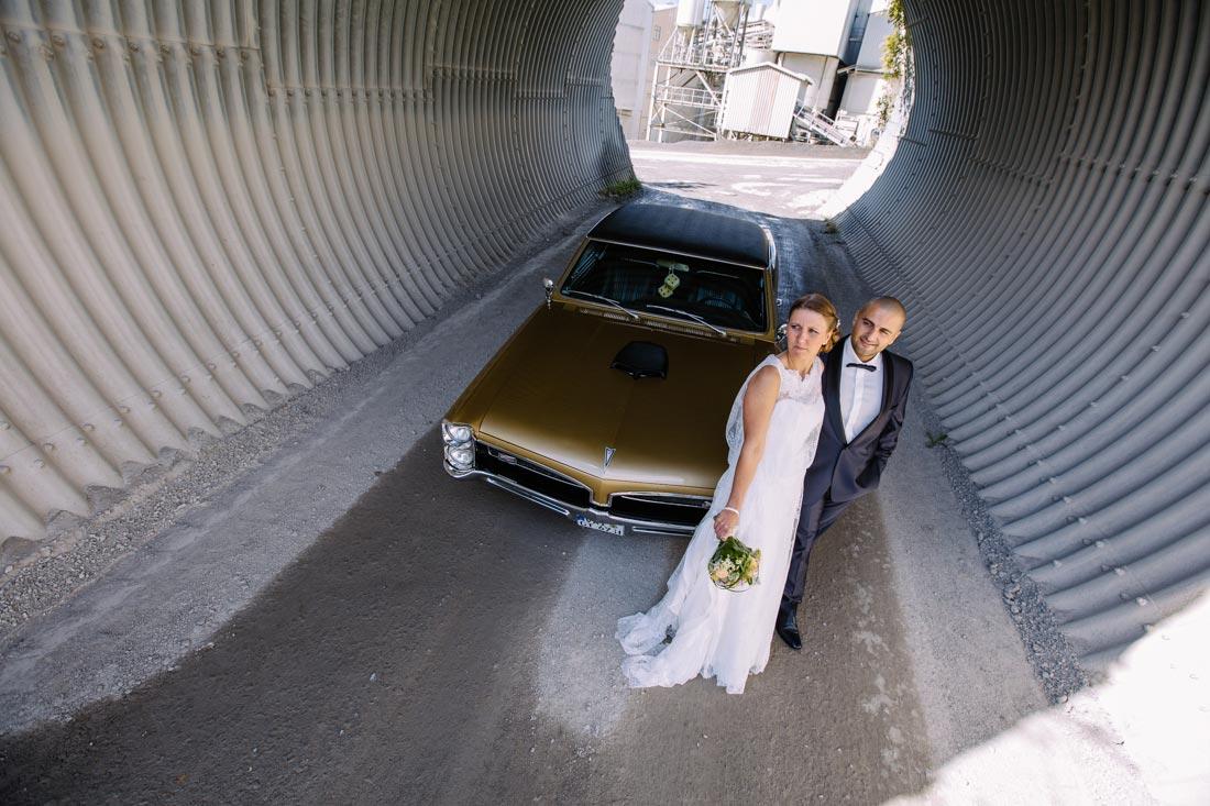 hochzeitsfotografie paar tunnel v8 lg