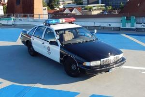 Polizeiauto als Hochzeitsauto