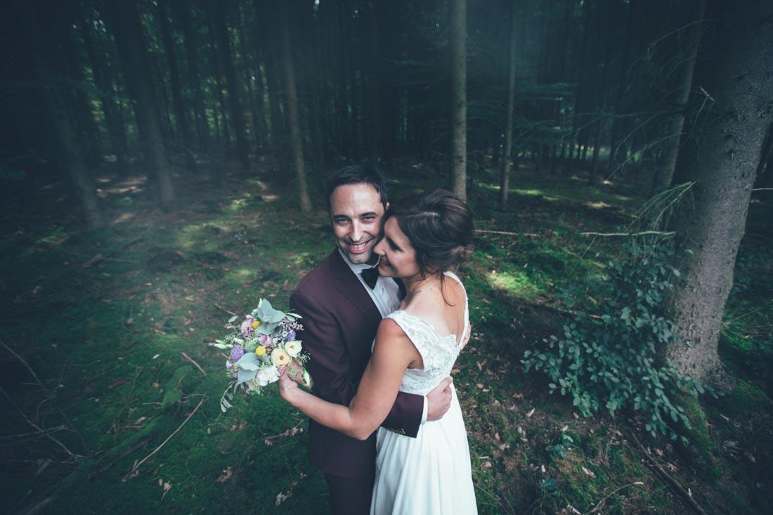 Paar-Shooting im Wald