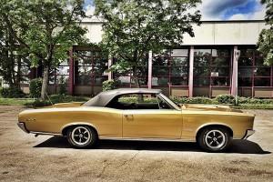 Pontiac Cabrio als Hochzeitsauto
