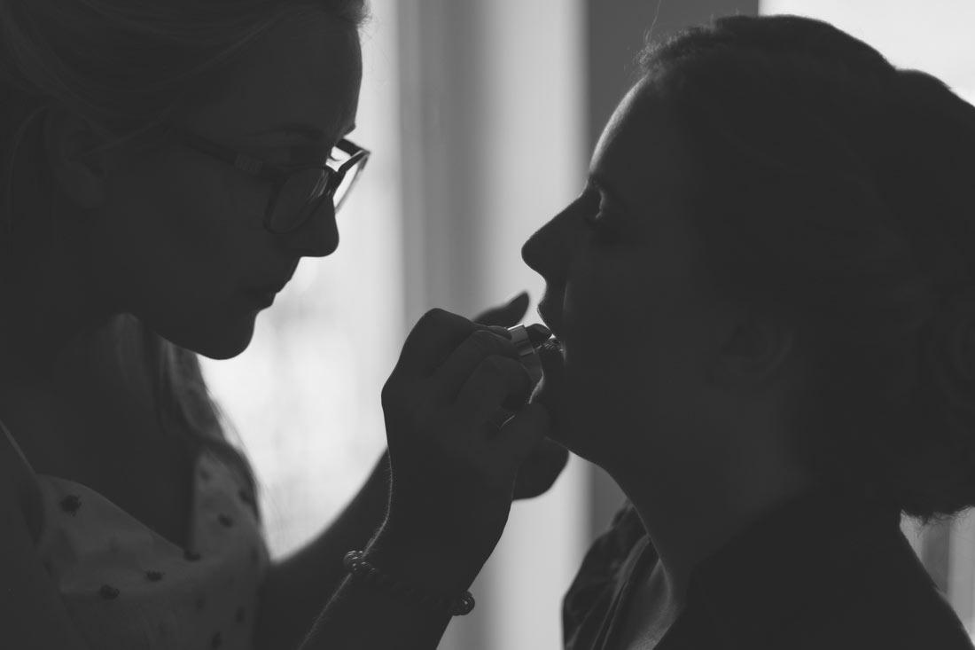 Lippenstift für die Braut