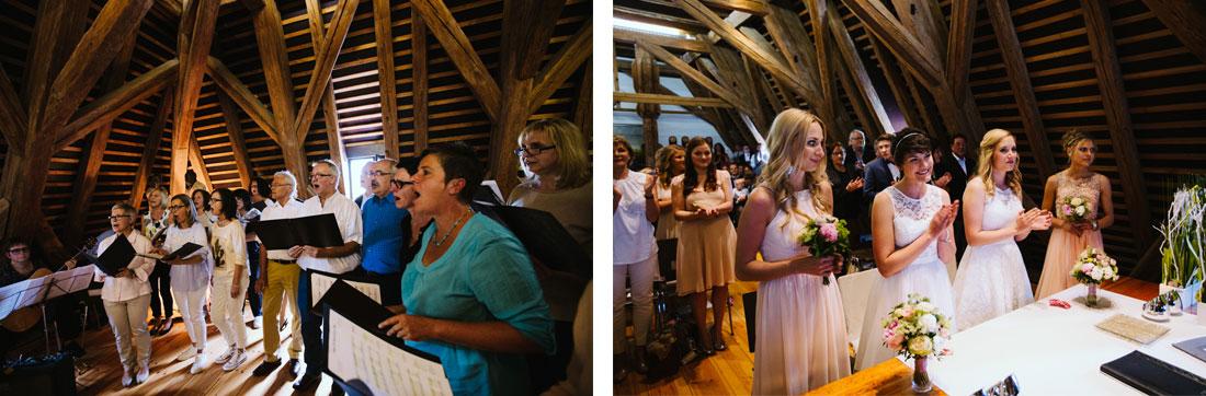 Chor singt vor der Trauung