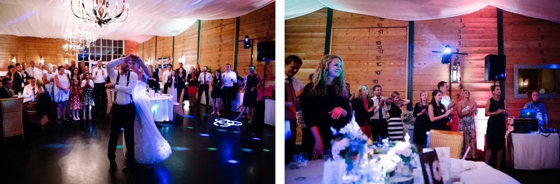 Hochzeitstanz vor den Gästen