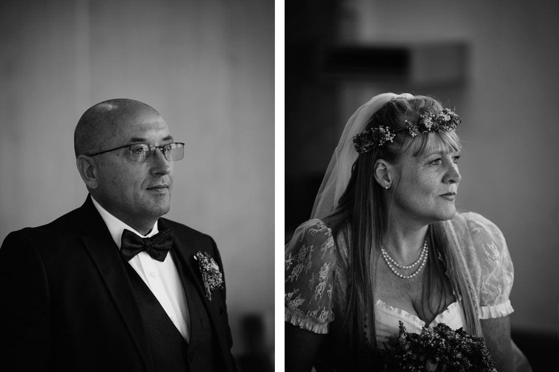 Brautpaar im Standesamt schwarzweiss