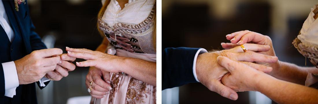 Die Ringe werden getauscht