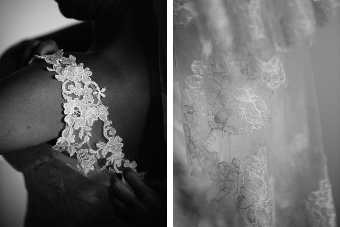Details des Brautkleides in schwarzweiss