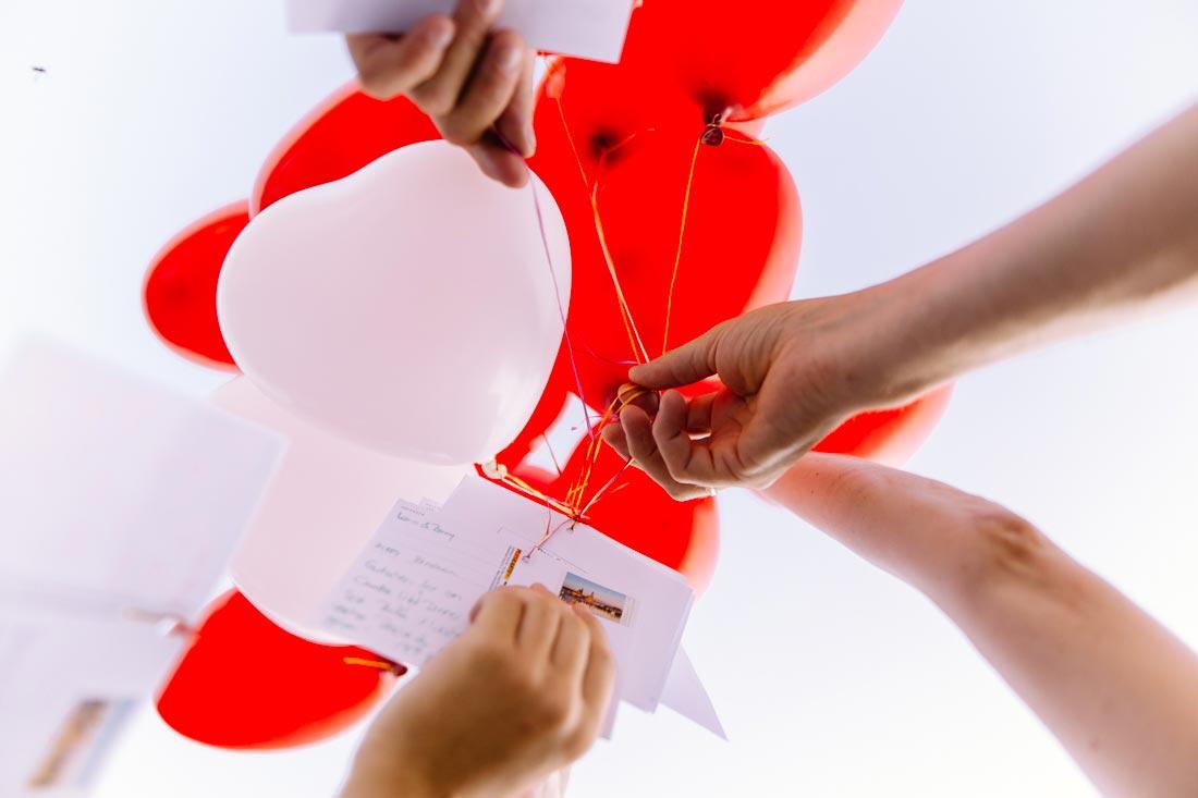 Luftballons mit Grußkarten