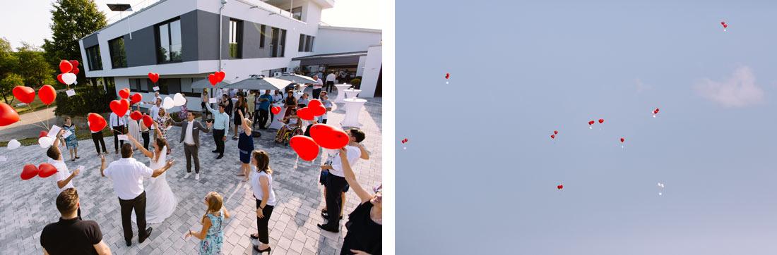 Die Luftballons fliegen