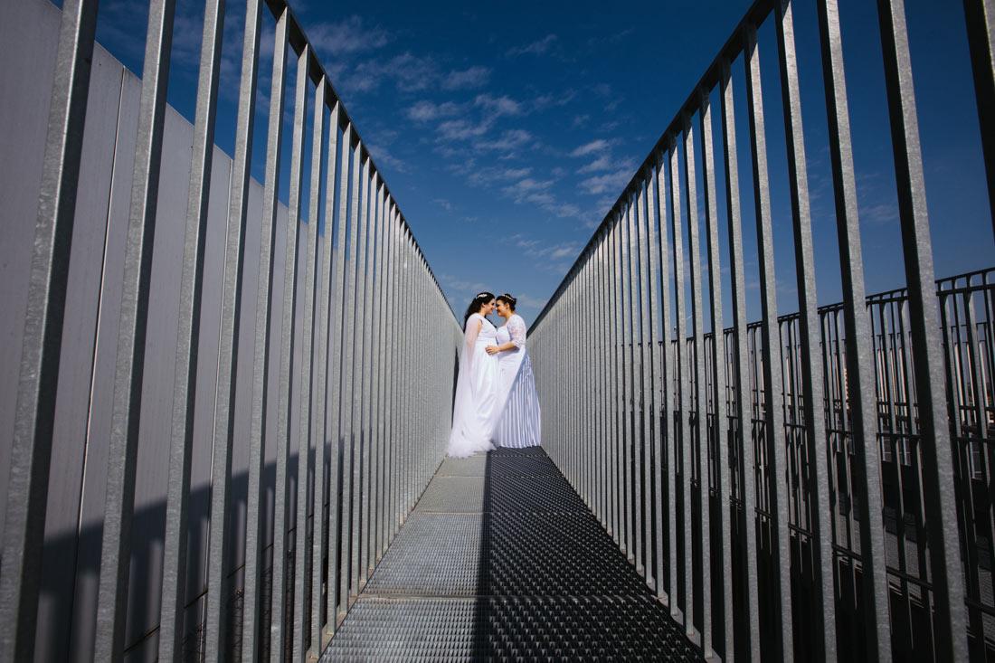 Hochzeitsbilder auf einem Dach
