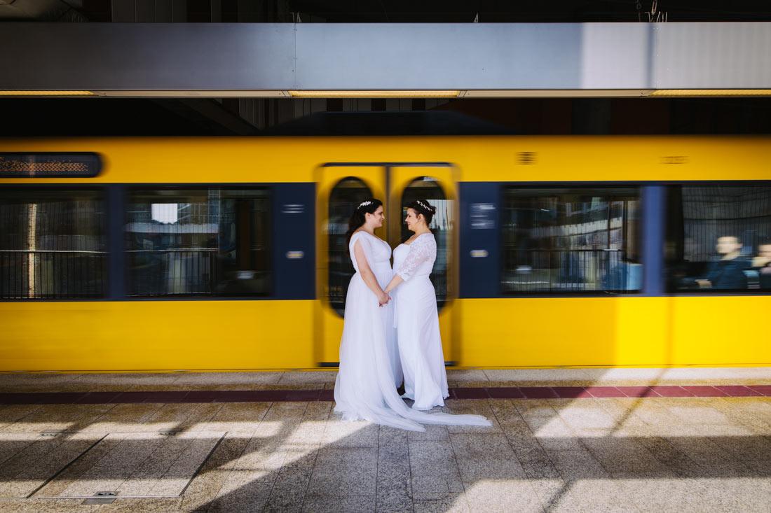 Hochzeitsbilder in der S-Bahn Station