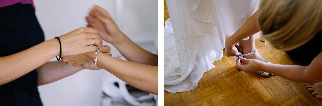 Braut zieht ihre Schuhe an