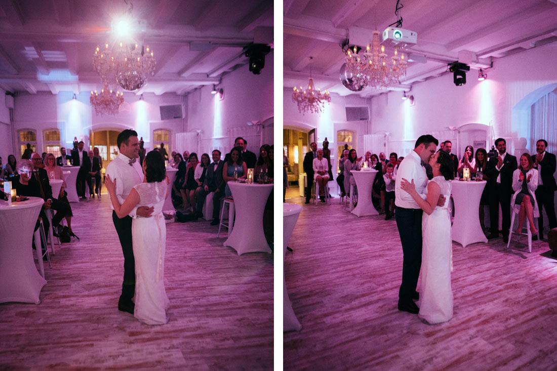Kuss zum Ende des Hochzeitstanz