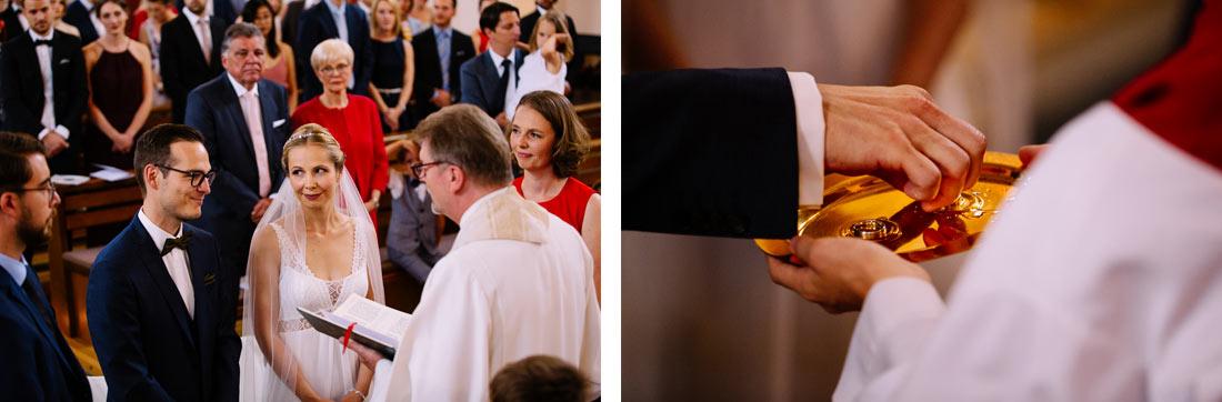 Bräutigam nimmt den Ring
