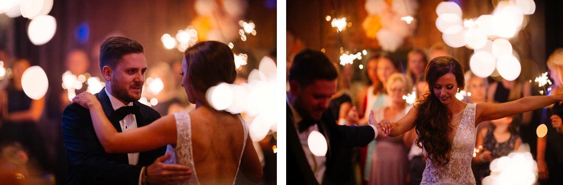 Wunderkerzen beim Hochzeitstanz