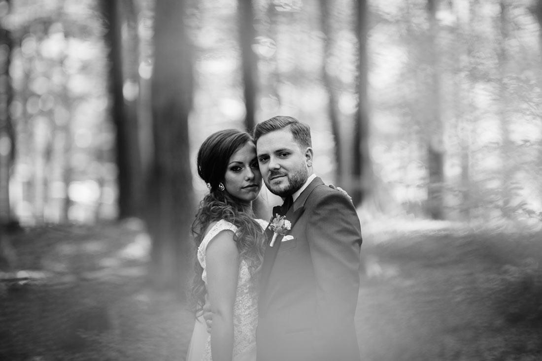 Das Paar im Wald