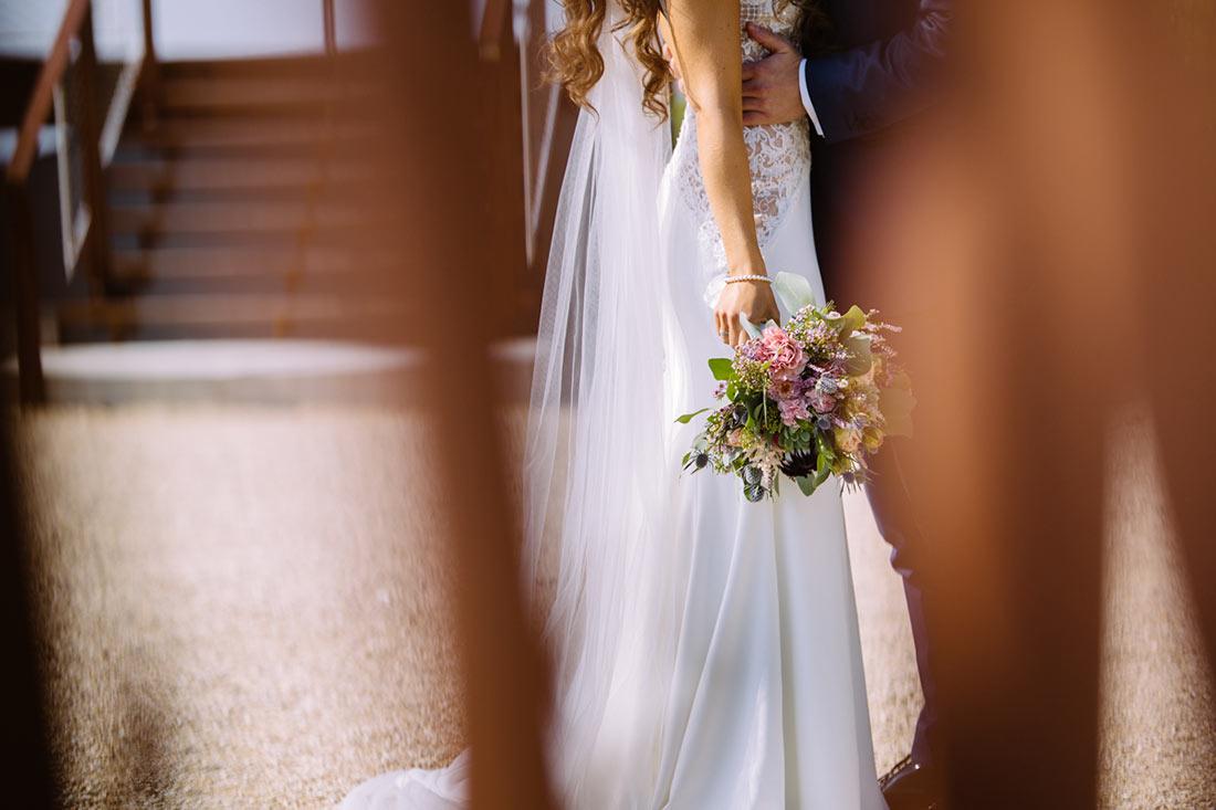 Brautstrauß in der Hand