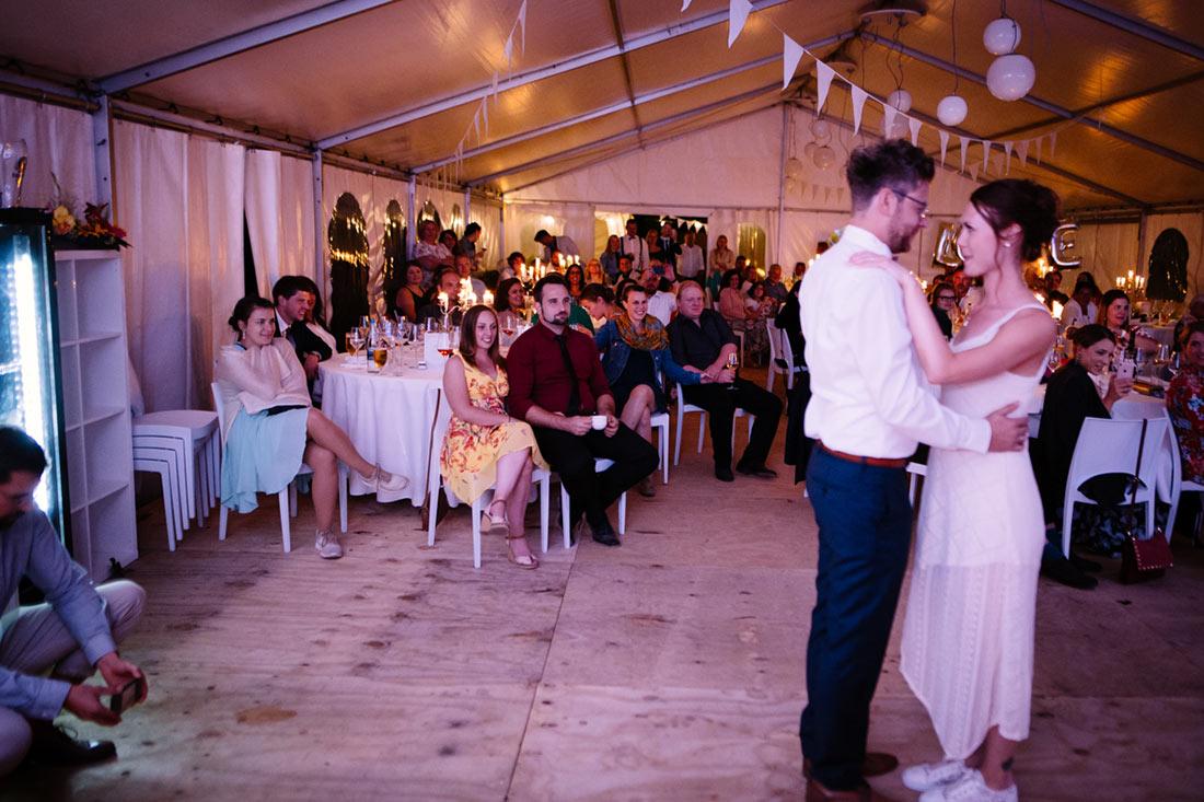Gäste sind gespannt auf den Tanz